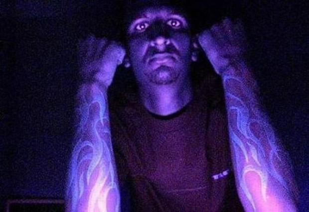 Tatuaże świecące W Ciemności Joe Monster