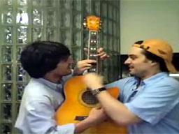 Dwóch na jednej gitarze
