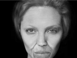 Stara Angelina Jolie