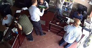 """Niespodziewany """"atak"""" na punkt ksero w Kuwejcie (uwaga, mocne!)"""