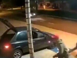 Brazylijski gang Olsena kradnie telewizor