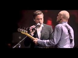 Zaskoczenie, Robert Downey Jr. śpiewa ze Stingiem