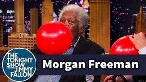 Morgan Freeman po wdychaniu helu