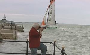 Starszy fotograf przegapił najważniejszy moment na regatach