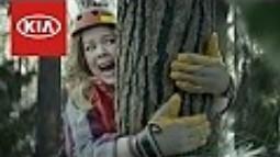 Bohaterska Melissa w reklamie na Super Bowl