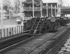 Ciekawa konstrukcja pojazdu szynowego z początku XX wieku