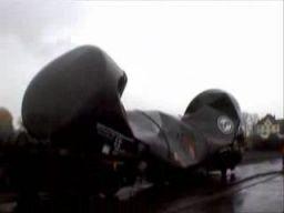 Implozja wagonu kolejowego