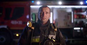 Volvo w nowej kampanii dziękuje polskim strażakom