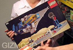 Magazyn z 4 720 zestawami Lego