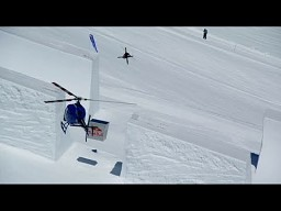 Niesamowite skoki na half-pipie