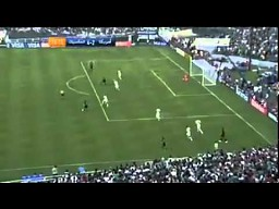 Przepiękny gol Giovaniego Dos Santosa