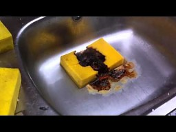 Gąbka kontra kwas solny