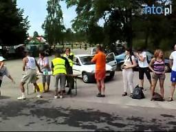 Reńska Wieś: kubki (nie)jednorazowe dla biegaczy