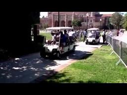 Dziewczyna potrącona przez wózek elektryczny