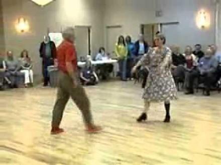 Zaskakujący taniec dziadka z babcią!