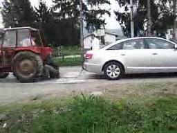 Traktor vs Audi Quattro