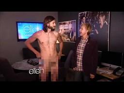 Ashton Kutcher rozebrał się u Ellen