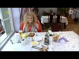 Magda Gessler wącha jedzonko