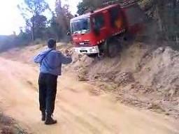 Co powinien potrafić kierowca wozu strażackiego?
