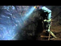 Skok na linie w kopalni złota