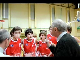 Wielkie emocje i cuda w młodzieżowym meczu koszykówki