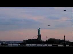 Latający ludzie w Nowym Jorku