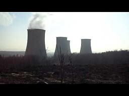 Wyburzanie chłodni kominowej w elektrowni Turów