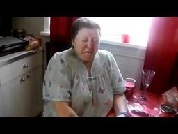 Babcia chce zarobić 50 dolców