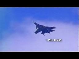Sukhoi Su 37 Terminator wykonuje manewr super cobra