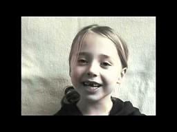 12 lat życia dziewczynki w 2 minuty!