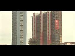 Wyburzanie wieżowca w Glasgow