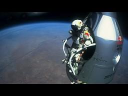 Skok Felixa Baumgartnera ze stratosfery
