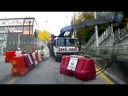 Ucieczka przed ciężarówką