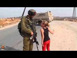 Co izraelscy żołnierze robią palestyńskim dzieciom?