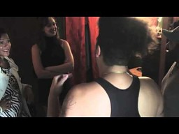 Co ciekawego można zrobić z prostytutką?