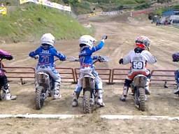 Młody motocyklista z ADHD