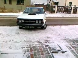 3-drzwiowy polonez z silnikiem V6