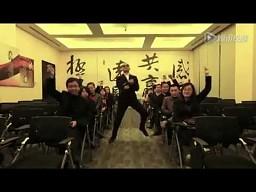 Ambasador RP w Chinach tańczy Gangnam Style