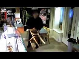 Nieudany napad na bar