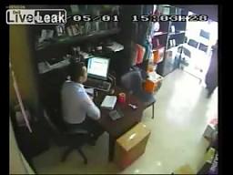 10 sekund darmowych zakupów w pobliskim sklepie