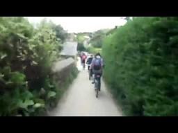 Blondynka na rowerze