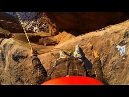 Skoki z klifu