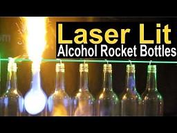 Laser i butelki z alkoholem