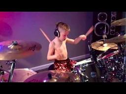 6-letni perkusista
