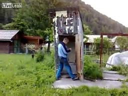 Petarda vs WC