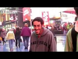 Ahmed ma cię na oku