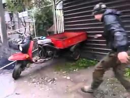 Rosjanin na motorku