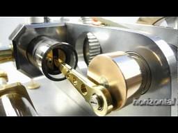 Działający model silnika 4-suwowego