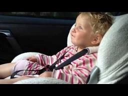 Reakcja dzieciaków na przyspieszenie 550-konnego Nissana GT-R