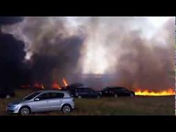 Parking w płomieniach